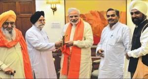 Rashtrya-Sikh-Sangat-with-Modi