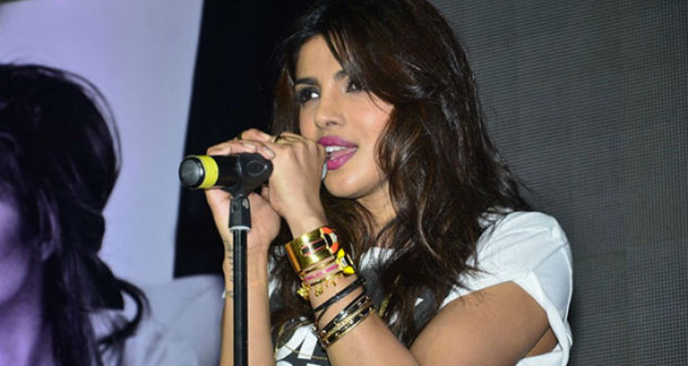 Priyanka-Chopra-Sing